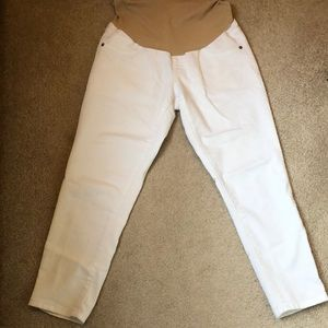 Motherhood White Cropped Jeans
